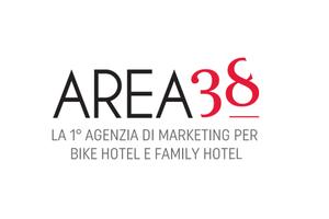 RIPARTIRE CON L'ANIMAZIONE NEI FAMILY HOTEL: 4 CHIACCHIERE CON Paolo Di Noia di Fashion Club Animazione